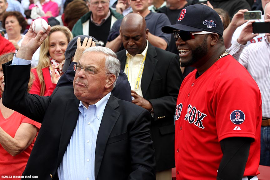 """""""Boston Mayor Tom Menino throws out the ceremonial first pitch alongside Boston Red Sox designated hitter David Ortiz before Game One of the American League Division Series Friday, October 4, 2013 at Fenway Park in Boston, Massachusetts."""""""