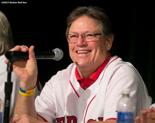 """Former Boston Red Sox catcher Carlton Fisk speaks during the Red Sox Winter Weekend at Foxwoods Resort and Casino in Ledyard, Connecticut Saturday, January 24, 2015."""