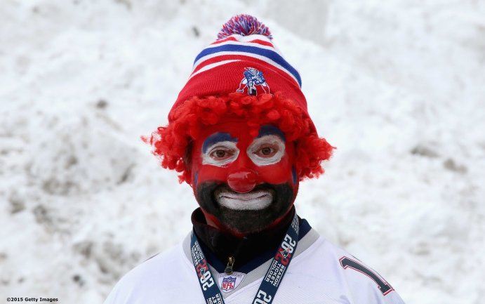 BOSTON, MA - FEBRUARY 04: A fan poses before the New England Patriots Super Bowl victory parade on February 4, 2015 in Boston, Massachusetts. (Photo by Billie Weiss/Getty Images)