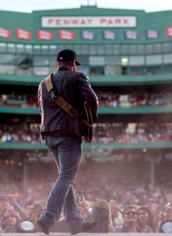 BOSTON, MA - AUGUST 7: The Zac Brown Band performs at Fenway Park on Friday, August 7, 2015 in Boston, Massachusetts. (Photo by Billie Weiss/MLB Photos via Getty Images) *** Local Caption ***
