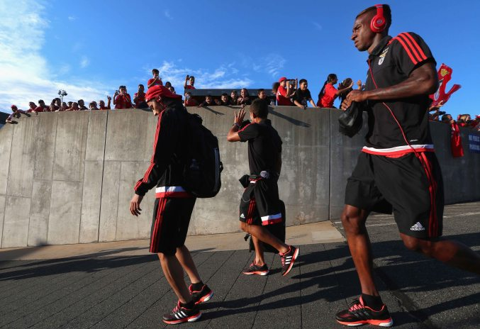 EAST HARTFORD, CT - JULY 24: Members of SL Benfica wave to fans as they arrive before an International Champions Cup 2015 match against ACF Fiorentina at Rentschler Field on July 24, 2015 in East Hartford, Connecticut. (Photo by Billie Weiss/Getty Images)