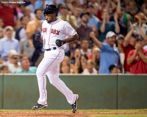 """Boston Red Sox left fielder Jackie Bradley Jr. scores during the third inning of a game against the New York Yankees at Fenway Park in Boston, Massachusetts Tuesday, September 1, 2015."""