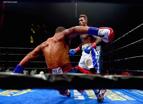 MASHANTUCKET, CT - SEPTEMBER 12: Cornelius Bundrage is knocked out by Jermall Charlo during a fight at Foxwoods Resort Casino on September 12, 2015 in Mashantucket, Connecticut. (Photo by Billie Weiss/Getty Images) *** Local Caption *** Jermall Charlo;Cornelius Bundrage