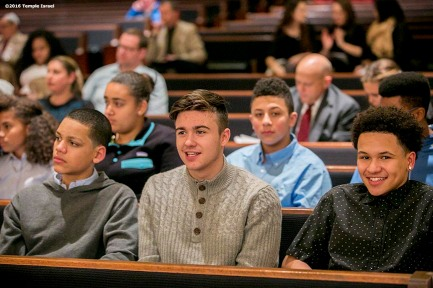 """Guests attend Qabbalat Shabbat services at Temple Israel in Boston, Massachusetts Friday, January 15, 2016."""