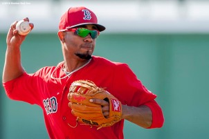 FT. MYERS, FL - FEBRUARY 26: Xander Bogaerts #2 of the Boston Red Sox throws during a team workout on February 26, 2016 at Fenway South in Fort Myers, Florida . (Photo by Billie Weiss/Boston Red Sox/Getty Images) *** Local Caption ***