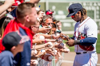 FT. MYERS, FL - MARCH 6: Hanley Ramirez #13 of the Boston Red Sox signs autographs during a Grapefruit League game against the Baltimore Orioles on March 6, 2016 at JetBlue Park at Fenway South in Fort Myers, Florida . (Photo by Billie Weiss/Boston Red Sox/Getty Images) *** Local Caption *** Hanley Ramirez
