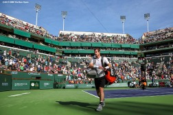 """Andy Murray walks off court after being defeated by Federico Delbonis during the 2016 BNP Paribas Open at the Indian Wells Tennis Garden in Indian Wells, California Monday, March 14, 2016."""