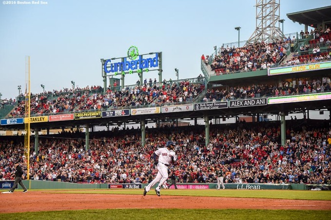 BOSTON, MA - MAY 11: Jackie Bradley Jr. #25 of the Boston Red Sox rounds the bases after hitting a three run home run during the third inning of a game against the Oakland Athletics on May 11, 2016 at Fenway Park in Boston, Massachusetts. (Photo by Billie Weiss/Boston Red Sox/Getty Images) *** Local Caption *** Jackie Bradley Jr.