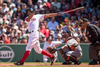 BOSTON, MA - MAY 15: Xander Bogaerts #2 of the Boston Red Sox hits a three run home run during the second inning of a game against the Houston Astros on May 15, 2016 at Fenway Park in Boston, Massachusetts. (Photo by Billie Weiss/Boston Red Sox/Getty Images) *** Local Caption *** Xander Bogaerts