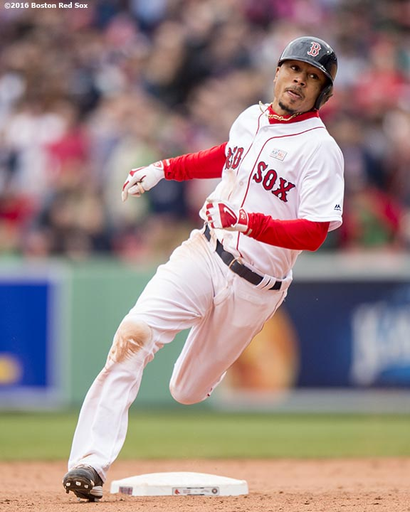 BOSTON, MA - MAY 15: of the Boston Red Sox during the inning of a game against the Houston Astros on May 15, 2016 at Fenway Park in Boston, Massachusetts. (Photo by Billie Weiss/Boston Red Sox/Getty Images) *** Local Caption ***
