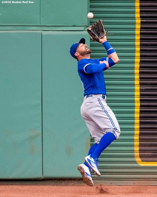 BOSTON, MA - JUNE 5: Kevin Pillar #11 of the Toronto Blue Jays catches a fly ball during the fourth inning of a game against the Boston Red Sox on June 5, 2016 at Fenway Park in Boston, Massachusetts. (Photo by Billie Weiss/Boston Red Sox/Getty Images) *** Local Caption *** Kevin Pillar
