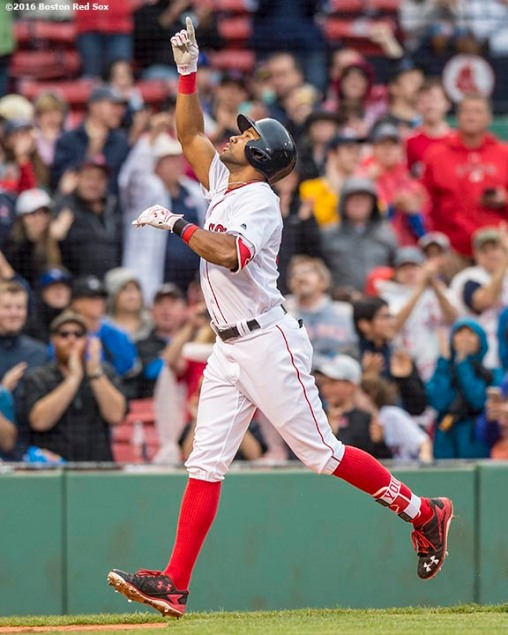 BOSTON, MA - JUNE 5: Chris Young #30 of the Boston Red Sox rounds reacts after hitting a solo home run during the eighth inning of a game against the Toronto Blue Jays on June 5, 2016 at Fenway Park in Boston, Massachusetts. (Photo by Billie Weiss/Boston Red Sox/Getty Images) *** Local Caption *** Chris Young