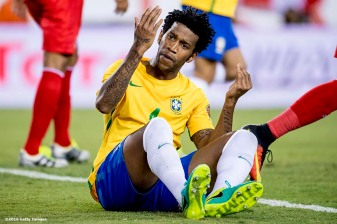 FOXBORO, MASSACHUSETTS - JUNE 12: Gil of Brazil reacts during a group B match between Brazil and Peru at Gillette Stadium as part of Copa America Centenario US 2016 on June 12, 2016 in Foxboro, Massachusetts, US. (Photo by Billie Weiss/LatinContent/Getty Images)