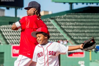 BOSTON, MA - JUNE 14: Hanley Ramirez #13 of the Boston Red Sox fields ground balls alongside his son Hansel before a game against the Baltimore Orioles on June 14, 2016 at Fenway Park in Boston, Massachusetts. (Photo by Billie Weiss/Boston Red Sox/Getty Images) *** Local Caption *** Hanley Ramirez