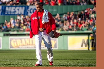 BOSTON, MA - JUNE 17: Roenis Elias #29 of the Boston Red Sox walks from the bullpen before his Boston Red Sox debut against the Seattle Mariners on June 17, 2016 at Fenway Park in Boston, Massachusetts. (Photo by Billie Weiss/Boston Red Sox/Getty Images) *** Local Caption *** Roenis Elias