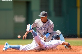 BOSTON, MA - JUNE 19: Ketel Marte #4 of the Seattle Mariners tags out Mookie Betts #50 of the Boston Red Sox as he attempts to steal second base during the first inning of a game on June19, 2016 at Fenway Park in Boston, Massachusetts. (Photo by Billie Weiss/Boston Red Sox/Getty Images) *** Local Caption *** Ketel Marte; Mookie Betts