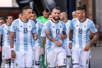 FOXBORO, MASSACHUSETTS - JUNE 18: Ramiro Funes Mori, Nicholás Otamendi and Erik Lamela of Argentina react as they walk toward the field during a Quarterfinal match between Argentina and Venezuela at Gillette Stadium as part of Copa America Centenario US 2016 on June 18, 2016 in Foxboro, Massachusetts, US. (Photo by Billie Weiss/LatinContent/Getty Images)