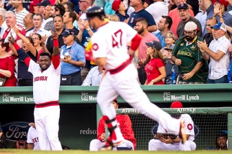 BOSTON, MA - JULY 20: David Ortiz #34 reacts as Travis Shaw #47 of the Boston Red Sox hits a solo home run during the second inning of a game against the San Francisco Giants on July 20, 2016 at Fenway Park in Boston, Massachusetts. (Photo by Billie Weiss/Boston Red Sox/Getty Images) *** Local Caption *** Travis Shaw