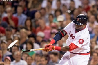 BOSTON, MA - JULY 20: David Ortiz #34 of the Boston Red Sox breaks his bat as he bats during the fourth inning of a game against the San Francisco Giants on July 20, 2016 at Fenway Park in Boston, Massachusetts. (Photo by Billie Weiss/Boston Red Sox/Getty Images) *** Local Caption *** David Ortiz