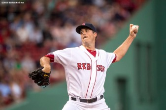 BOSTON, MA - AUGUST 10: Drew Pomeranz #31 of the Boston Red Sox delivers during the first inning of a game against the New York Yankees on August 10, 2016 at Fenway Park in Boston, Massachusetts. (Photo by Billie Weiss/Boston Red Sox/Getty Images) *** Local Caption *** Drew Pomeranz