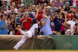 BOSTON, MA - AUGUST 29: Hanley Ramirez #13 of the Boston Red Sox reaches as he attempts to catch a foul ball during the fifth inning of a game against the Tampa Bay Rays on August 29, 2016 at Fenway Park in Boston, Massachusetts. (Photo by Billie Weiss/Boston Red Sox/Getty Images) *** Local Caption *** Hanley Ramirez