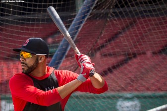 BOSTON, MA - AUGUST 30: David Price #24 of the Boston Red Sox takes batting practice before a game against the Tampa Bay Rays on August 30, 2016 at Fenway Park in Boston, Massachusetts. (Photo by Billie Weiss/Boston Red Sox/Getty Images) *** Local Caption *** David Price