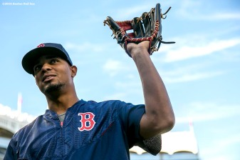 NEW YORK, NY - SEPTEMBER 27: Xander Bogaerts #2 of the Boston Red Sox reacts before a game against the New York Yankees on September 27, 2016 at Yankee Stadium in the Bronx borough of New York City. (Photo by Billie Weiss/Boston Red Sox/Getty Images) *** Local Caption *** Xander Bogaerts
