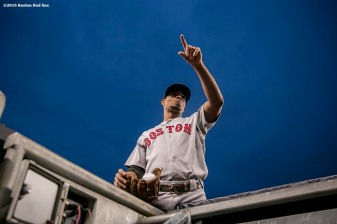 NEW YORK, NY - SEPTEMBER 28: Xander Bogaerts #2 and David Ortiz #34 of the Boston Red Sox waves to a fan before a game against the New York Yankees on September 28, 2016 at Yankee Stadium in the Bronx borough of New York City. (Photo by Billie Weiss/Boston Red Sox/Getty Images) *** Local Caption *** Xander Bogaerts