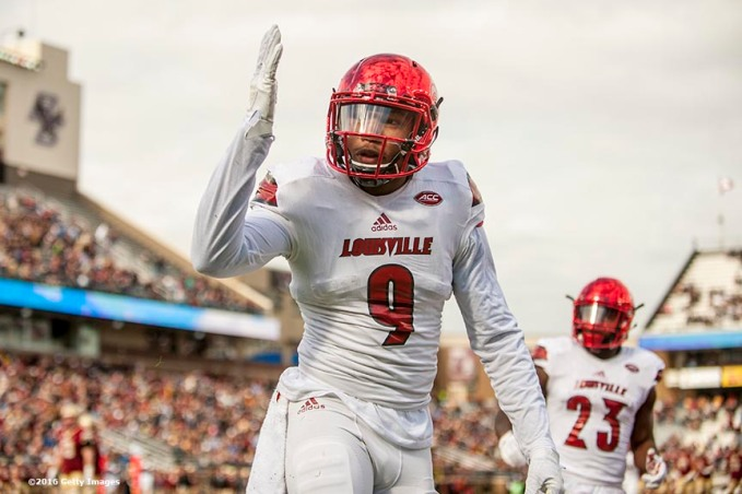 CHESTNUT HILL, MA - NOVEMBER 05: Jaylen Smith #9 of Louisville reacts after catching a touchdown pass during the first quarter of a game against Boston College at Alumni Stadium on November 5, 2016 in Chestnut Hill, Massachusetts. (Photo by Billie Weiss/Getty Images) *** Local Caption *** Jaylen Smith
