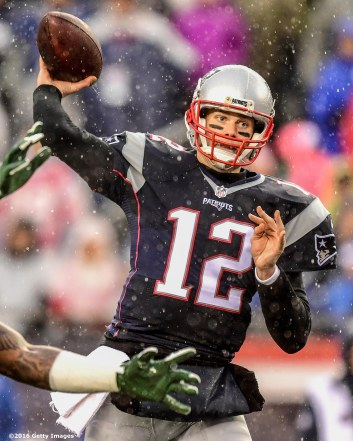 FOXBORO, MA - DECEMBER 24: Tom Brady #12 of the New England Patriots throws during the first quarter of a game against the New York Jets at Gillette Stadium on December 24, 2016 in Foxboro, Massachusetts. (Photo by Billie Weiss/Getty Images) *** Local Caption *** Tom Brady