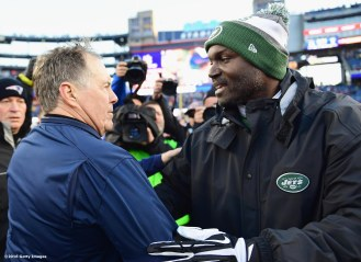 FOXBORO, MA - DECEMBER 24: Head coach Todd Bowles of the New York Jets shakes hands with head coach Bill Belichick of the New England Patriots after a game at Gillette Stadium on December 24, 2016 in Foxboro, Massachusetts. (Photo by Billie Weiss/Getty Images) *** Local Caption *** Todd Bowles; Bill Belichick