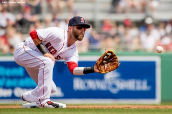 FT. MYERS, FL - MARCH 5: Dustin Pedroia #15 of the Boston Red Sox catches a throw during the first inning of a Spring Training game against the Atlanta Braves on March 5, 2017 at Fenway South in Fort Myers, Florida . (Photo by Billie Weiss/Boston Red Sox/Getty Images) *** Local Caption *** Dustin Pedroia