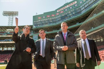 March 30, 2017, Boston, MA: Boston Red Sox Executive Vice President / Business Affairs Jonathan Gilula, Boston Mayor Marty Walsh, Boston Red Sox President Sam Kennedy, and Bill Scannell, President, Global Enterprise Sales & Customer Operations Dell EMC, walk on the warning track during the Mayor's Walk Through at Fenway Park in Boston, Massachusetts Thursday, March 30, 2017. (Photo by Billie Weiss/Boston Red Sox)