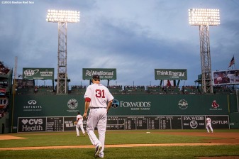 BOSTON, MA - APRIL 11: Drew Pomeranz #31 of the Boston Red Sox walks onto the field before the first inning of a game against the Baltimore Orioles on April 11, 2017 at Fenway Park in Boston, Massachusetts. (Photo by Billie Weiss/Boston Red Sox/Getty Images) *** Local Caption *** Drew Pomeranz