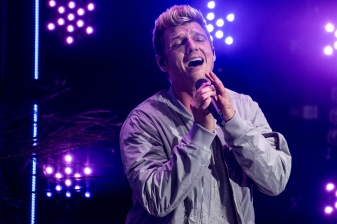 BOSTON, MA - JULY 7: Nick Carter of the Backstreet Boys performs during a concert on July 7, 2017 at Fenway Park in Boston, Massachusetts. (Photo by Billie Weiss/Boston Red Sox/Getty Images) *** Local Caption *** Nick Carter