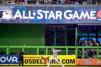 MIAMI, FL - JULY 11: Chris Sale #41 of the Boston Red Sox warms up before the 88th MLB All-Star Game at Marlins Park on July 11, 2017 in Miami, Florida (Photo by Billie Weiss/Boston Red Sox/Getty Images) *** Local Caption *** Chris Sale