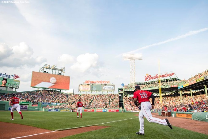 BOSTON, MA - JULY 28: Jackie Bradley Jr. #19 of the Boston Red Sox runs onto the field before a game against the Kansas City Royals on July 28, 2017 at Fenway Park in Boston, Massachusetts. (Photo by Billie Weiss/Boston Red Sox/Getty Images) *** Local Caption *** Jackie Bradley Jr.