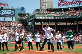 BOSTON, MA - JULY 30: Former Boston Red Sox player Mike Lowell throws out the ceremonial first pitch during a 2007 World Series Champion team reunion before a game against the Kansas City Royals on July 30, 2017 at Fenway Park in Boston, Massachusetts. (Photo by Billie Weiss/Boston Red Sox/Getty Images) *** Local Caption *** Mike Lowell