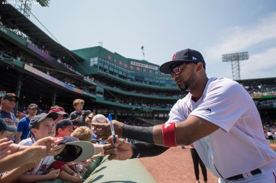 BOSTON, MA - AUGUST 6: Eduardo Nunez #36 of the Boston Red Sox signs autographs before a game against the Chicago White Sox on August 6, 2017 at Fenway Park in Boston, Massachusetts. (Photo by Billie Weiss/Boston Red Sox/Getty Images) *** Local Caption *** Eduardo Nunez