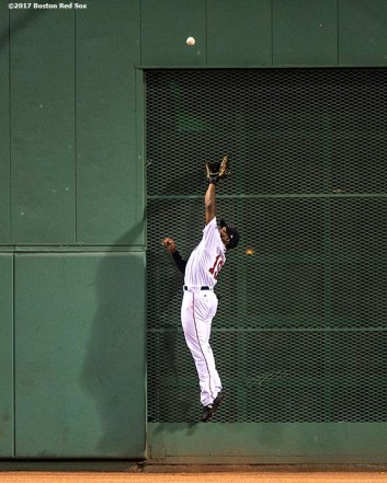 BOSTON, MA - AUGUST 19: Jackie Bradley Jr. #19 of the Boston Red Sox makes a leaping catch to deny Tyler Austin #26 of the New York Yankees a hit during the fourth inning of a game on August 19, 2017 at Fenway Park in Boston, Massachusetts. (Photo by Billie Weiss/Boston Red Sox/Getty Images) *** Local Caption *** Jackie Bradley Jr.
