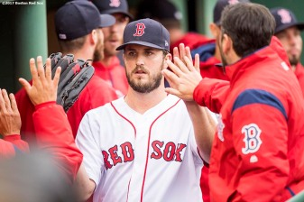 BOSTON, MA - SEPTEMBER 30: Drew Pomeranz #31 of the Boston Red Sox high fives teammates after exiting the game during the seventh inning of a game against the Houston Astros on September 30, 2017 at Fenway Park in Boston, Massachusetts. (Photo by Billie Weiss/Boston Red Sox/Getty Images) *** Local Caption *** Drew Pomeranz