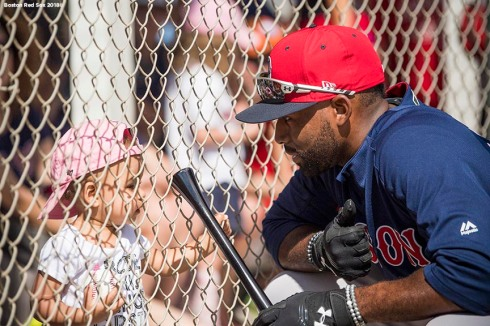 FT. MYERS, FL - FEBRUARY 19: Jackie Bradley Jr. #19 of the Boston Red Sox plays with his daughter Emerson during a team workout on February 19, 2018 at jetBlue Park at Fenway South in Fort Myers, Florida . (Photo by Billie Weiss/Boston Red Sox/Getty Images) *** Local Caption *** Jackie Bradley Jr.