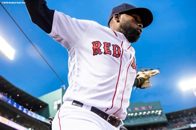 BOSTON, MA - APRIL 12: Jackie Bradley Jr. #19 of the Boston Red Sox runs onto the field before a game against the New York Yankees on April 12, 2018 at Fenway Park in Boston, Massachusetts. (Photo by Billie Weiss/Boston Red Sox/Getty Images) *** Local Caption *** Jackie Bradley Jr.