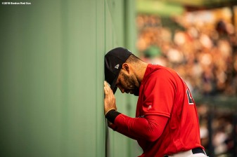 BOSTON, MA - APRIL 13: J.D. Martinez #28 of the Boston Red Sox warms up before a game against the Baltimore Orioles on April 13, 2018 at Fenway Park in Boston, Massachusetts. (Photo by Billie Weiss/Boston Red Sox/Getty Images) *** Local Caption *** J.D. Martinez