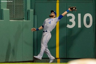 BOSTON, MA - MAY 1: Alex Gordon #4 of the Kansas City Royals catches a fly ball during the eighth inning of a game against the Boston Red Sox on May 1, 2018 at Fenway Park in Boston, Massachusetts. (Photo by Billie Weiss/Boston Red Sox/Getty Images) *** Local Caption *** Alex Gordon