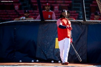 BOSTON, MA - MAY 14: Hanley Ramirez #13 of the Boston Red Sox takes batting practice before a game against the Oakland Athletics on May 14, 2018 at Fenway Park in Boston, Massachusetts. (Photo by Billie Weiss/Boston Red Sox/Getty Images) *** Local Caption *** Hanley Ramirez