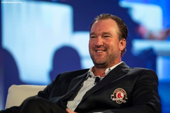 May 24, 2018, Boston, MA: Boston Red Sox Hall of Fame Class of 2018 Inductee Derek Lowe speaks during the Hall of Fame & Fenway Honors Gala at the Westin Copley Hotel in Boston, Massachusetts Thursday, May 24, 2018. (Photo by Billie Weiss/Boston Red Sox)