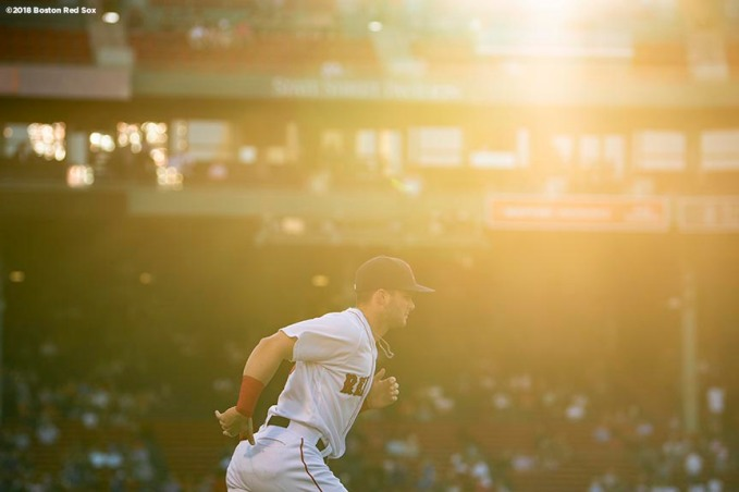 BOSTON, MA - MAY 29: Andrew Benintendi #16 of the Boston Red Sox warms up before a game against the Toronto Blue Jays on May 29, 2018 at Fenway Park in Boston, Massachusetts. (Photo by Billie Weiss/Boston Red Sox/Getty Images) *** Local Caption *** Andrew Benintendi