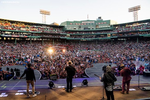 June 15, 2018, Boston, MA: The Zac Brown Band performs during the Zac Brown Band: Down the Rabbit Hole Live concert at Fenway Park in Boston, Massachusetts Friday, June 15, 2018. (Photo by Billie Weiss/Boston Red Sox)