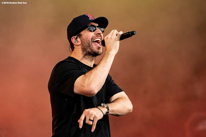 BOSTON, MA - JULY 6: Singer Sam Hunt performs during a concert on July 6, 2018 at Fenway Park in Boston, Massachusetts. (Photo by Billie Weiss/Boston Red Sox/Getty Images) *** Local Caption *** Sam Hunt
